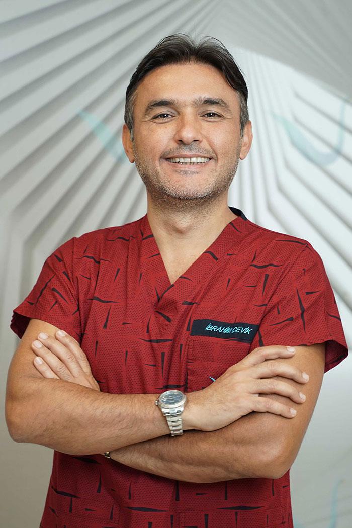 İbrahim Çevik Medikal Direktör